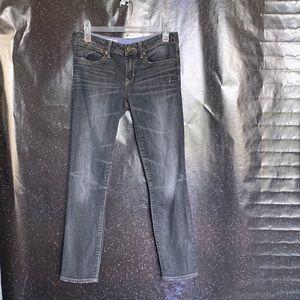 """Gap- Black """"Always Skinny"""" Jeans size 28/6"""